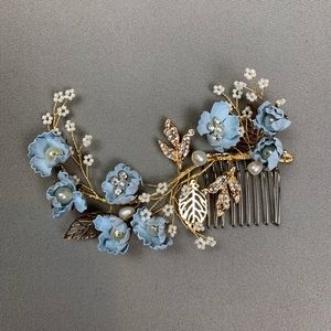 New floral hair comb accessory